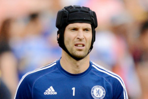 Chelsea Berispa Lepaskan Cech ke Arsenal atau Liverpool
