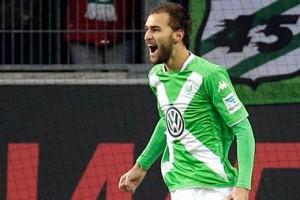 Dapat Jatah Liga Champions, Wolfsburg Katakan Bas Dost Tak Perlu Ke Inggris