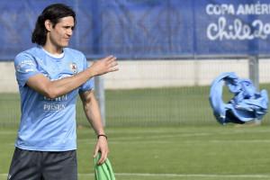 Kabar Ayah Ditangkap, Tabarez Persilahkan Cavani Tinggalkan Copa