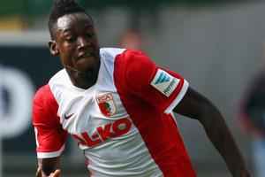 Lolos Tes Medis, Baba Rahman Akan Segera ke Chelsea