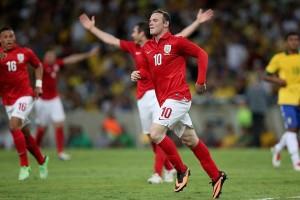 Denis Law Sebut Rekor Rooney Sulit Terpecahkan