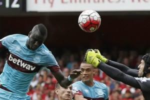 Mengenai Kekalahan Arsenal di Laga Pembuka, Ini Kata Cech