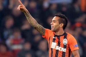 Club Elite Eropa Kirim Proposal Untuk Alex Teixeira