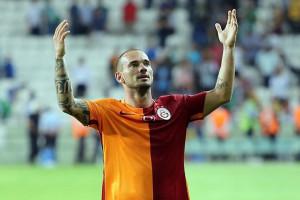 Mourinho Tertarik untuk Datangkan Sneijder