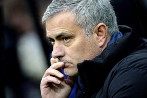 Rooney Inginkan Mourinho Melatih di MU