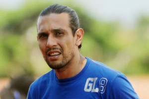 Gustavo Lopez : Dinegara Manapun Sepakbola Itu Sama