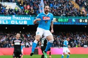 Gonzalo Higuain Berikan Gol Penentu Buat Napoli