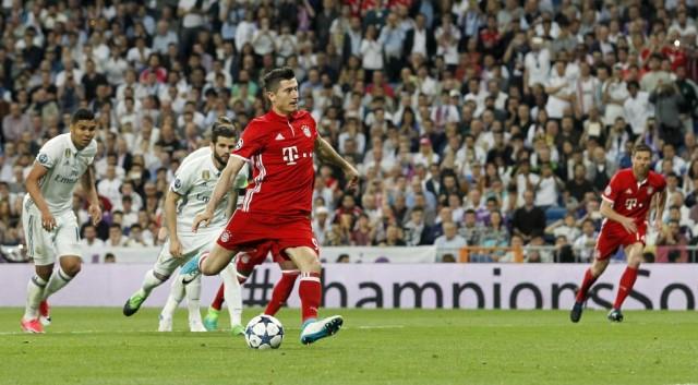 Penalti Robert Lewandowski - Bayern Munchen